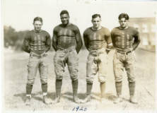 Jack_Trice_and_Teammates_1923